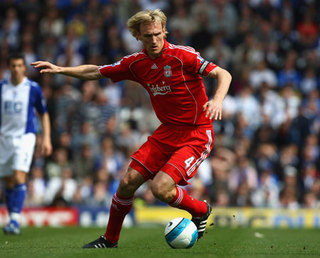 Sami Hyypia with Liverpool.jpg